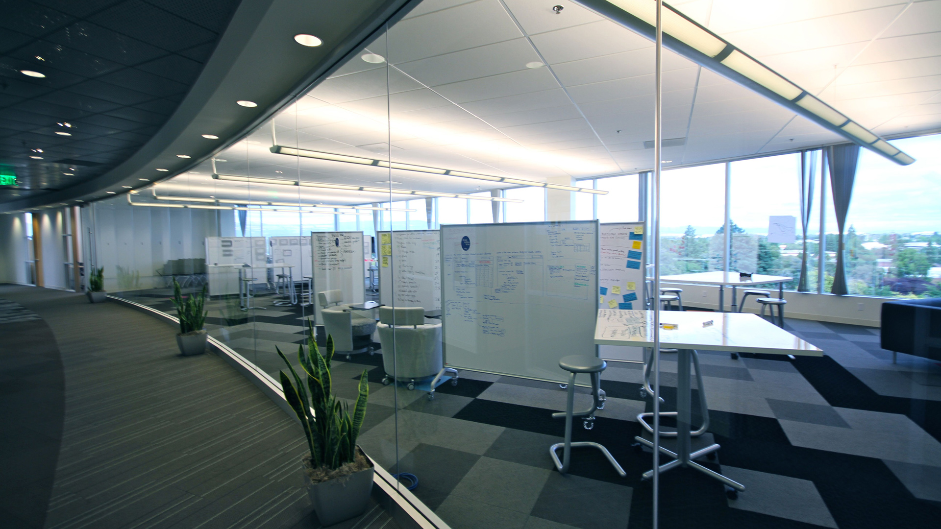 What is the ideal planning of office space for Office space planner online