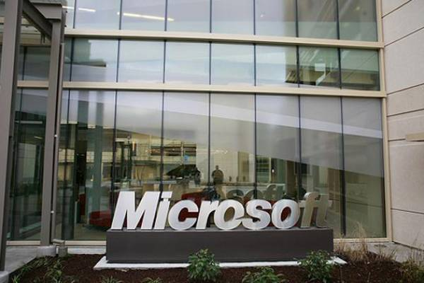 Microsoft employee was stealing company programs